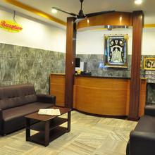 Sarovara Deluxe Rooms in Chennai