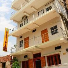 Satiya Guest House in Manpur