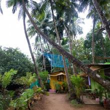 Saturn Cottages in Agonda