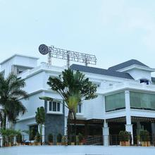 Saugandhika Residency in Kayamkulam