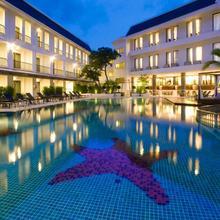 Sawaddi Patong Resort & Spa in Phuket