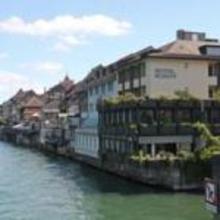 Schiff am Rhein in Sommerau