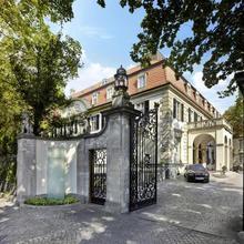 Schlosshotel Berlin By Patrick Hellmann in Berlin
