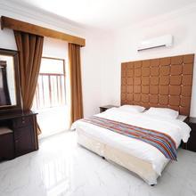 Sea Apartment Hotel in Sur