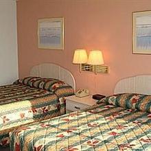 Sea Bay Hotel in Ocean Pines