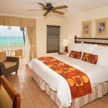 Sea Breeze Beach Hotel in Bridgetown
