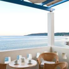 Sea Breeze Hotel Apartments & Residences in Thymiana