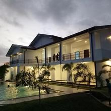 Sea Lagoon Beach Hotel in Trincomalee