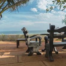 Seaface Rest Hambantota in Gonoruwa