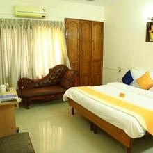 Select Rooms Vazhuthacaud in Thiruvananthapuram