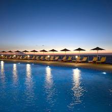 Sensimar Royal Blue Resort & Spa in Kapsaliana