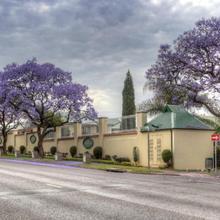 Sentinel Luxury Suite Hotel in Pretoria