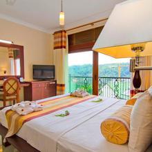 Serene Grand Hotel in Kandy