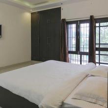 Service Apartment Near Pacific Mall in Pitambarpur