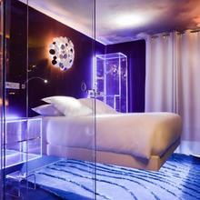 Seven Hotel in Paris