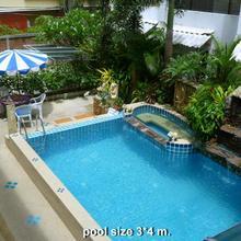 Seven Seas Hotel in Phuket