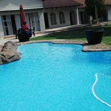 Shaka Guest House in Johannesburg