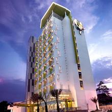 Shakti Hotel Bandung in Cileunyi