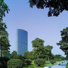 Shangri-la Hotel, Guangzhou in Guangzhou
