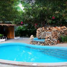 Shantie Shakthi Vagator Resort With Swimming Pool in Goa
