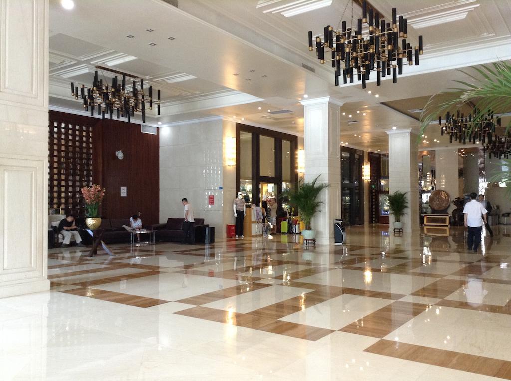 Shenzhen Shuidu Holiday Hotel, North Railway Station in Shenzhen