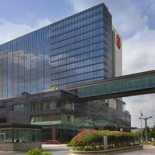 Sheraton Grand Bangalore Hotel At Brigade Gateway in Chik Banavar