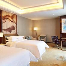 Sheraton Grand Zhengzhou Hotel in Zhengzhou