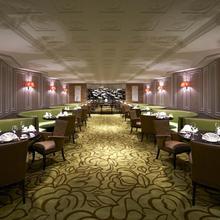 Sheraton Shanghai Waigaoqiao Hotel in Shanghai