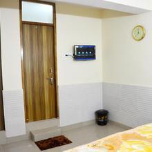 Shiv Shakti Guest House in Dadri