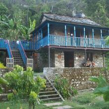Shivanandi River Lodge in Chandrapuri