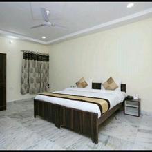 Shree Krishna Spiritual Stay in Mathura