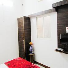 Shree Rudrika Yatri Grah in Ujjain