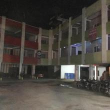 Shreyansh Hotel in Linga