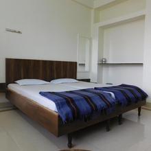 Shri Gita Hotel in Raipur