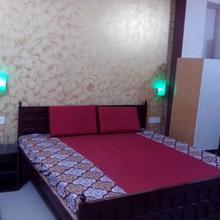 SHRI KRISHNA HOTEL AND RESTAURANT in Badrinathpuri