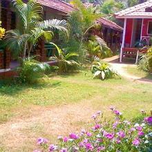 Shri Umamaheshwar Cottages in Madangeri