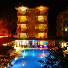 Side Orientt Apartments in Side