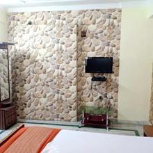 Sidhi Vinayak Inn in Patna