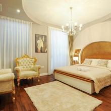 Silver & Gold Luxury Rooms in Zadar