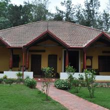 Silver Brook Estate Homestay in Suntikoppa