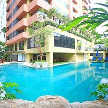 Siri Sathorn Hotel in Bangkok