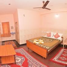 Siva Residency in Tirukazhukundram
