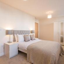 Skyline Serviced Apartments - Stevenage in Wadesmill