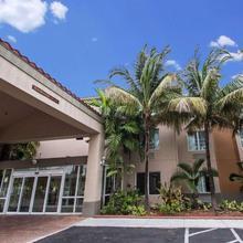 Sleep Inn & Suites Dania Beach in North Miami Beach