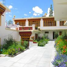 Smanla Guest House in Leh