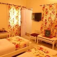 Sneh Deep Guest House in Jaipur
