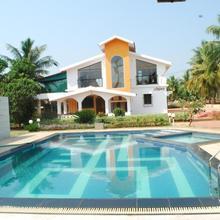 Sneha Farm House in Vengurla