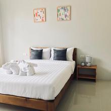 Snooze Inn Phuket in Phuket