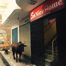 So Nice Home Guest House in Varanasi