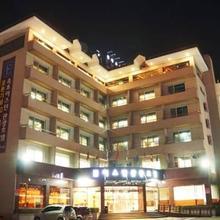 Sokcho Eastern Tourist Hotel in Yangyang